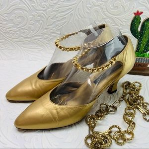 Larry Stuart women's gold veg shoes size 9